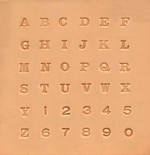 Alfabet og tallsett med blokkbokstaver, 7 mm